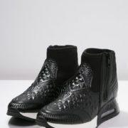 df57321b7acd395edad1bbe5f66d80a9--sneaker-high-ash