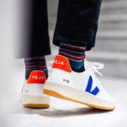 afew-store-sneaker-veja-v-12-b-mesh-white-indigo-orange-fluo-313
