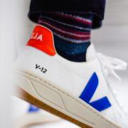 afew-store-sneaker-veja-v-12-b-mesh-white-indigo-orange-fluo-315
