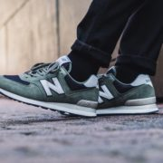 new-balance-ml574esp-green-black-698001-60-20-mood-1